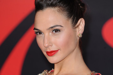 Gal Gadot 'Batman V Superman: Dawn of Justice'- European Premiere - Red Carpet