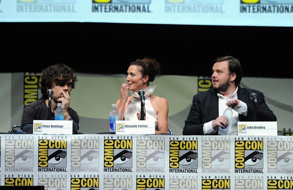 http://www3.pictures.zimbio.com/gi/Game+Thrones+Panel+Comic+Con+International+sXDUNH68l2Gl.jpg