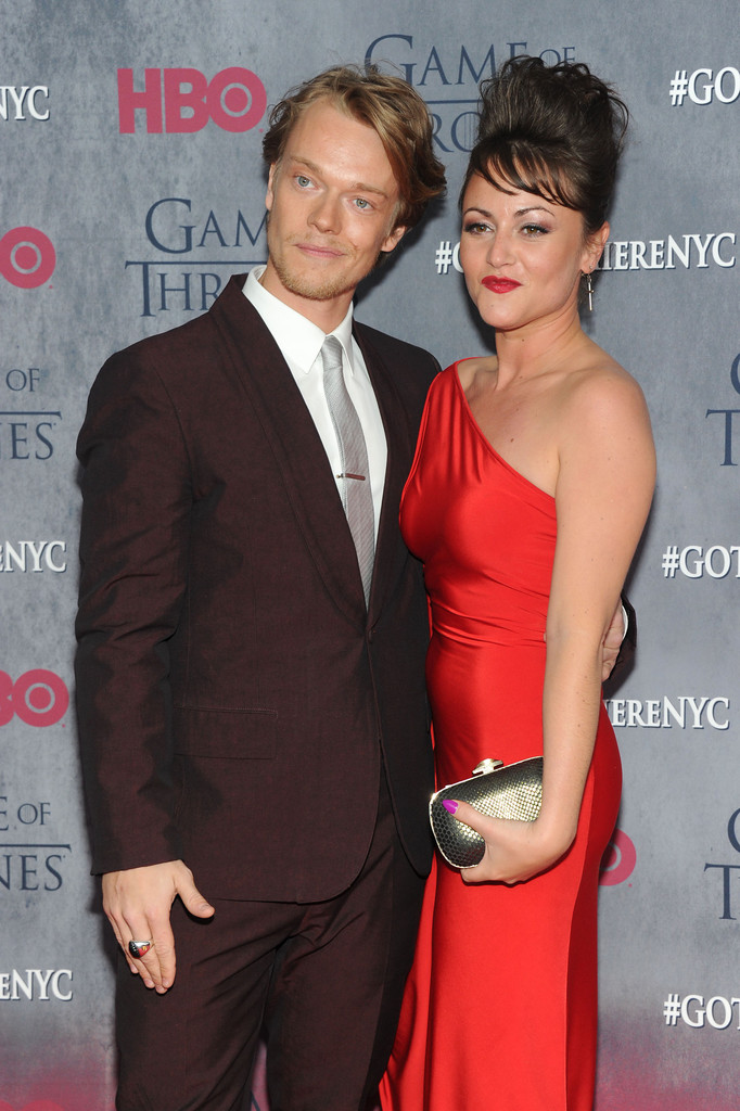 jaime winstone and alfie allen photos photos zimbio