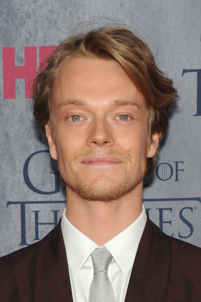 Alfie Allen Nude Photos 34
