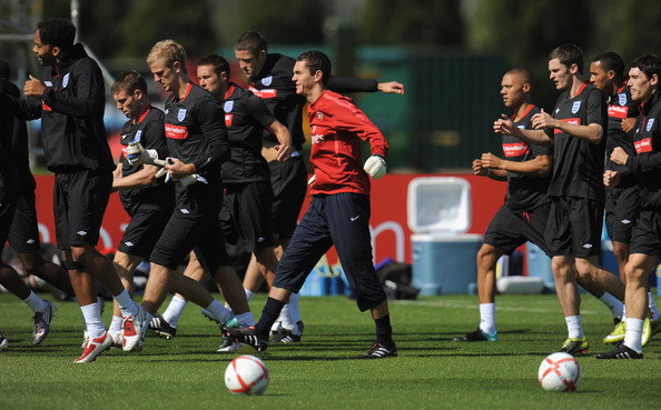 England Training & Press Conference []