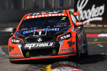 Garth Tander Supercars - Sydney 500: Qualifying & Race 28