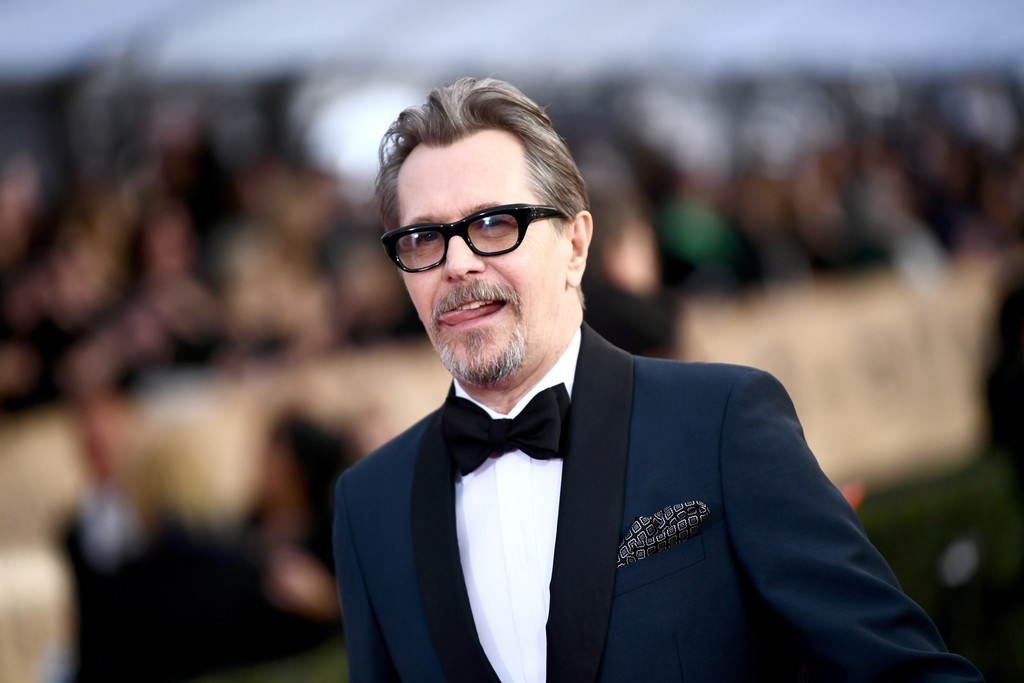 http://www3.pictures.zimbio.com/gi/Gary+Oldman+24th+Annual+Screen+Actors+Guild+9i3sdQzAJOlx.jpg