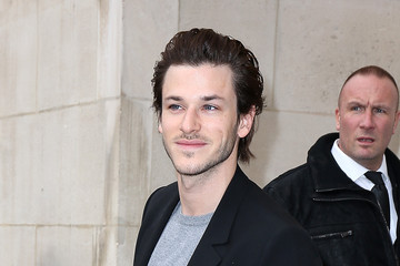 Gaspard Ulliel Chanel : Outside Arrivals  - Paris Fashion Week Womenswear Fall/Winter 2014-2015