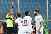Daniele De Rossi of Roma is given a red card from referee Giacomelli during the Serie A match between Genoa CFC and AS Roma at Stadio Luigi Ferraris on November 26, 2017 in Genoa, Italy.