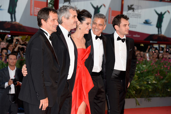 George Clooney and Sandra Bullock at the evening premiere of Gravity at Venice Film Festival George+Clooney+Gravity+Premieres+Venice+3ORK9ktLrFhl