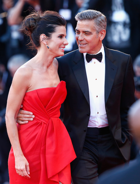 George Clooney and Sandra Bullock at the evening premiere of Gravity at Venice Film Festival George+Clooney+Gravity+Premieres+Venice+bBHlWHnhezGl