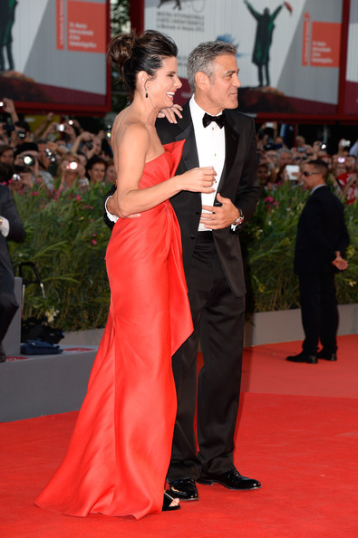 George Clooney and Sandra Bullock at the evening premiere of Gravity at Venice Film Festival George+Clooney+Gravity+Premieres+Venice+hy3nD9TbuxSl