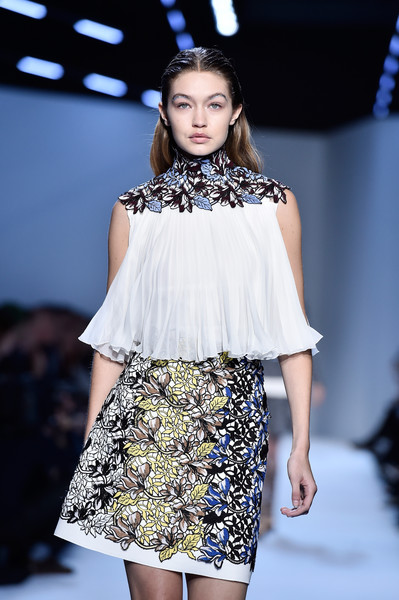 The Best Runway Looks From Paris Fashion Week 88