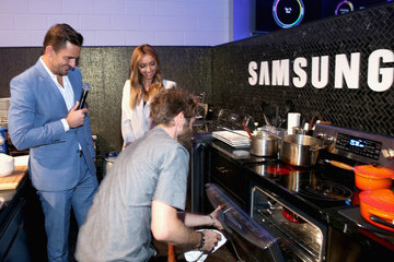 Giuliana Rancic Chef Marcel Vigneron at the 'Cooking for Two' Home Appliance Event Held in Samsung Studio LA