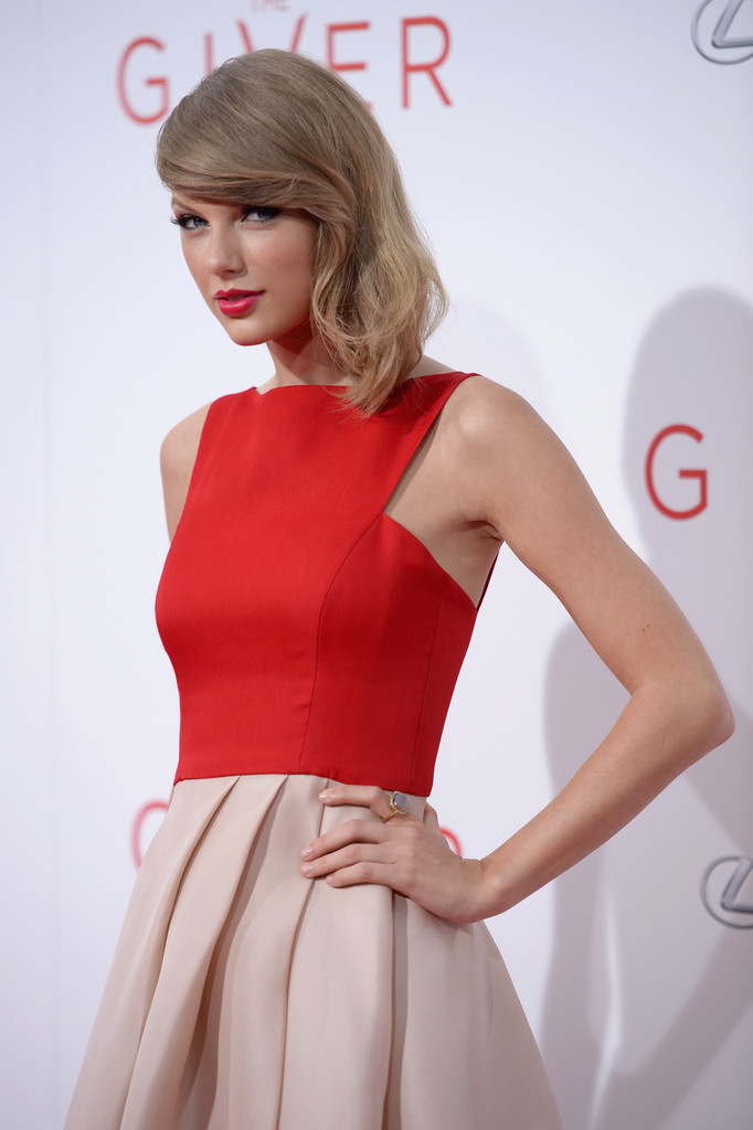Taylor Swift Photos Photos The Giver Premieres In Nyc