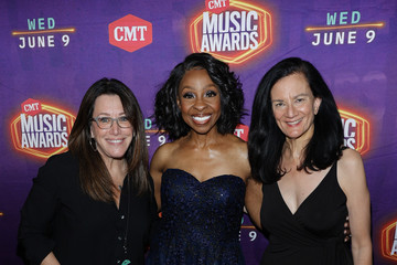 Gladys Knight 2021 CMT Music Awards - Red Carpet