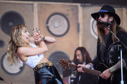 Miley Cyrus and Billy Ray Cyrus Photos Photo