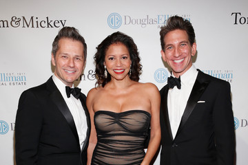 Gloria Reuben Sinatra 100 Holiday Spectacular Hosted by Tom Postilio & Mickey Conlon
