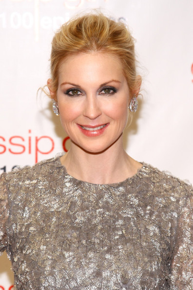 Kelly Rutherford makeup