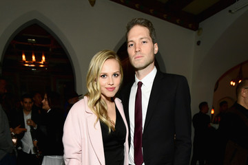 Gracie Dzienny Vanity Fair and Focus Features Celebrate the Film 'Phantom Thread' With Paul Thomas Anderson at the Chateau Marmont