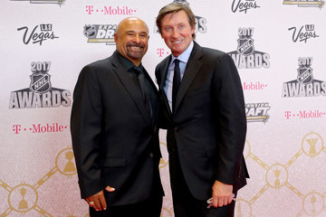 Grant Fuhr 2017 NHL Awards - Arrivals