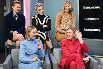 Greta Gerwig Florence Pugh SiriusXM's Town Hall With The Cast Of Little Women Hosted By SiriusXM's Jess Cagle