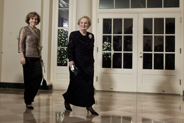 Alice Albright Guests Arrive At State Dinner For Chinese President Hu Jintao At White House