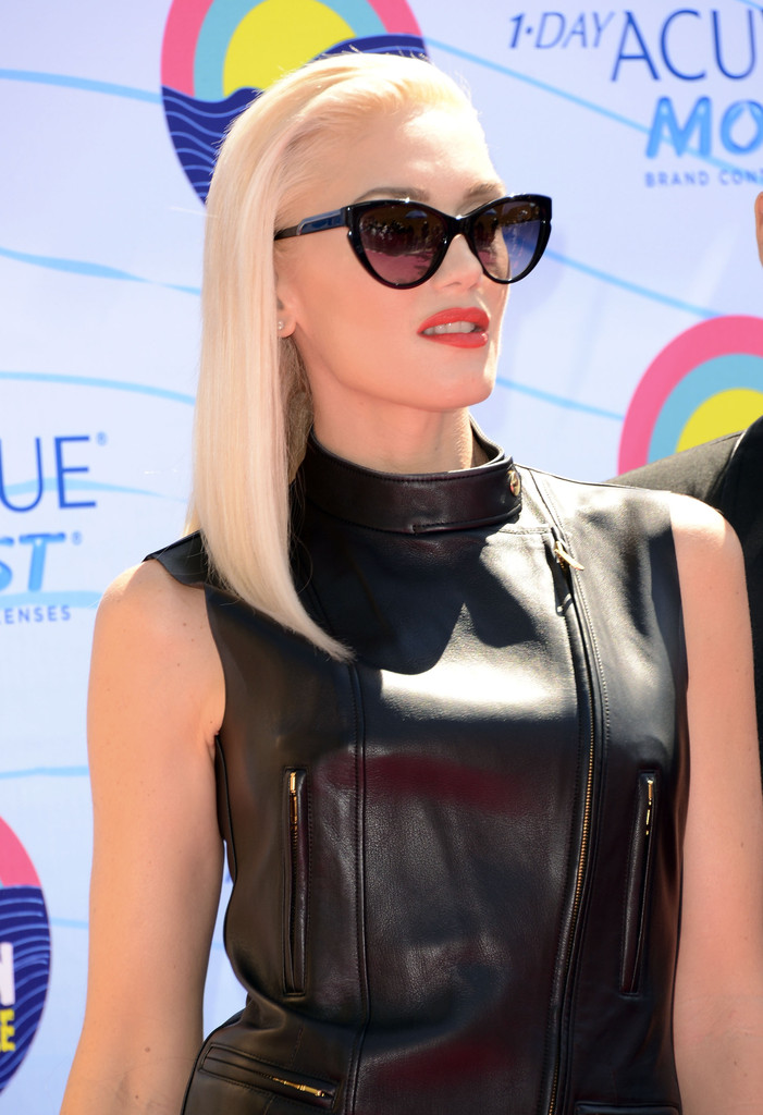 rae jepsen looked hilariously terrible gwen stefani mom freaking hot