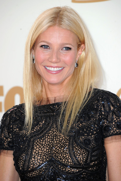 http://www3.pictures.zimbio.com/gi/Gwyneth+Paltrow+63rd+Annual+Primetime+Emmy+VQuHKEyLBwcl.jpg