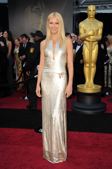 Gwyneth Paltrow Actress Gwyneth Paltrow arrives at the 83rd Annual Academy Awards held at the Kodak Theatre on February 27, 2011 in Hollywood, California.