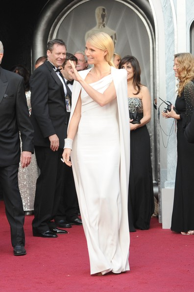 Gwyneth+Paltrow+84th+Annual+Academy+Awards+mmqmPcH0QL-l.jpg