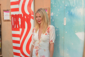 Gwyneth Paltrow Moet & Chandon Toasts to Paddle for Pink