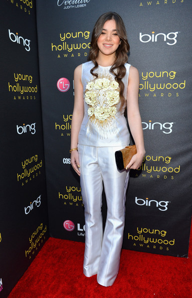 Hailee Steinfeld - 14th Annual Young Hollywood Awards Presented By Bing - Red Carpet
