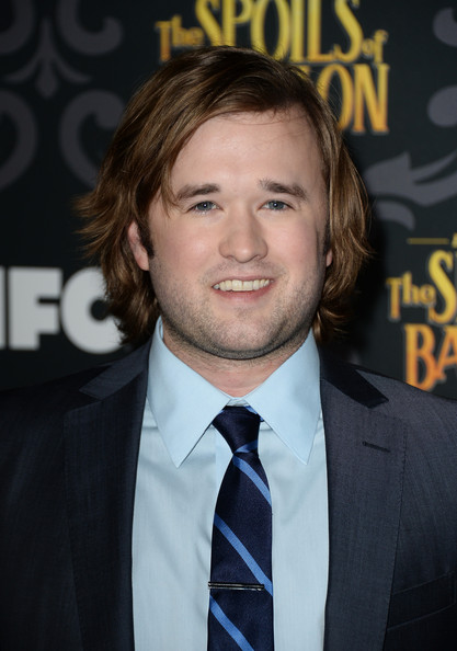 Haley Joel Osment Pictures - 'The Spoils of Babylon' Premieres in ...