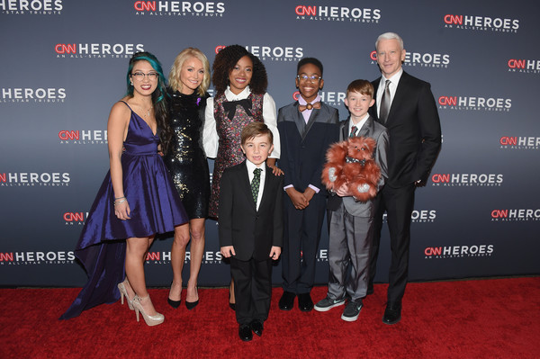 CNN Heroes 2017 - Red Carpet Arrivals [premiere,carpet,event,red carpet,flooring,award,suit,award ceremony,red carpet arrivals,christina li,sidney keys iii,ryan hickman,kelly ripa,halie thomas,heroes,l-r,cnn,campbell remess]