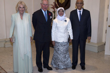 Halimah Yacob The Prince Of Wales & Duchess Of Cornwall Visit Singapore, Malaysia, Brunei And India - Day 2