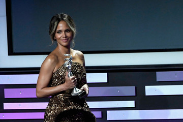 Halle Berry 21st CDGA (Costume Designers Guild Awards) - Show