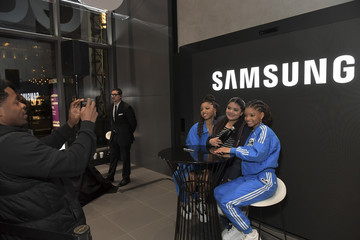 Halle Samsung Meet And Greet With Chloe x Halle