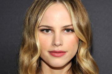 Halston Sage The 2017 InStyle and Warner Bros. 73rd Annual Golden Globe Awards Post-Party - Red Carpet