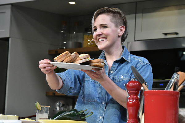Hannah Hart Photos Photos Food Network Cooking Channel New York