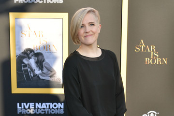 "Hannah Hart Premiere Of Warner Bros. Pictures' ""A Star Is Born"" - Arrivals"