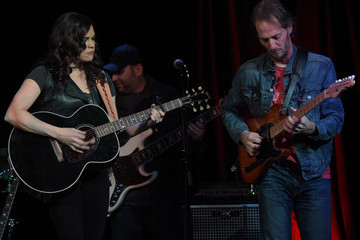 Harry Smith Angaleena Presley With Kristin Diable In Concert - Nashville, Tennessee