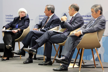Haruhiko Kuroda Central Bank Leaders Discuss Central Bank Communication