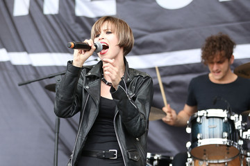Hayley Mary Performances at St Jerome's Laneway Festival