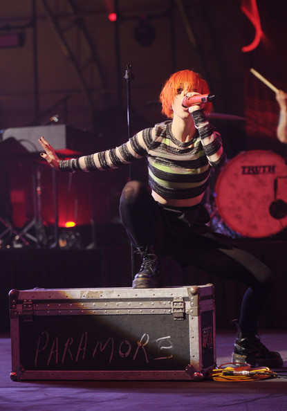 Misery Business - Paramore - 2/1/13 - NYC - Directv ...