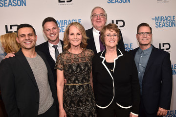 Helen Hunt Premiere Of Mirror And LD Entertainment's 'The Miracle Season' - Red Carpet