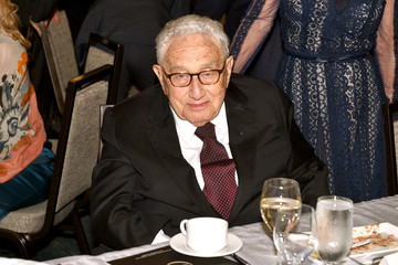 Henry Kissinger IRC Hosts the 2017 Rescue Dinner - Inside