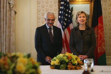 Rangin Dadfar Spanta Hillary Clinton Meets With Afghan Foreign Minister In New York