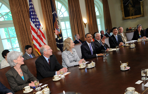 Merveilleux Obama Holds Cabinet Meeting