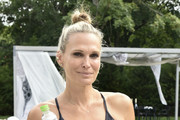 Holiday House Hamptons x Dancebody #workoutwednesday Hosted By Molly Sims