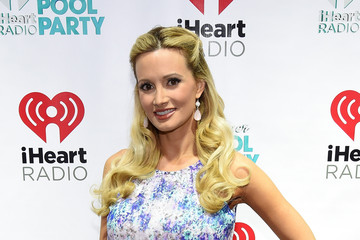 Holly Madison The iHeartRadio Summer Pool Party - Backstage