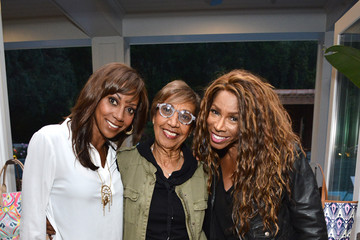 Holly Robinson Peete Dolores Robinson Stella & Dot Trunk Show To Benefit The HollyRod Foundation