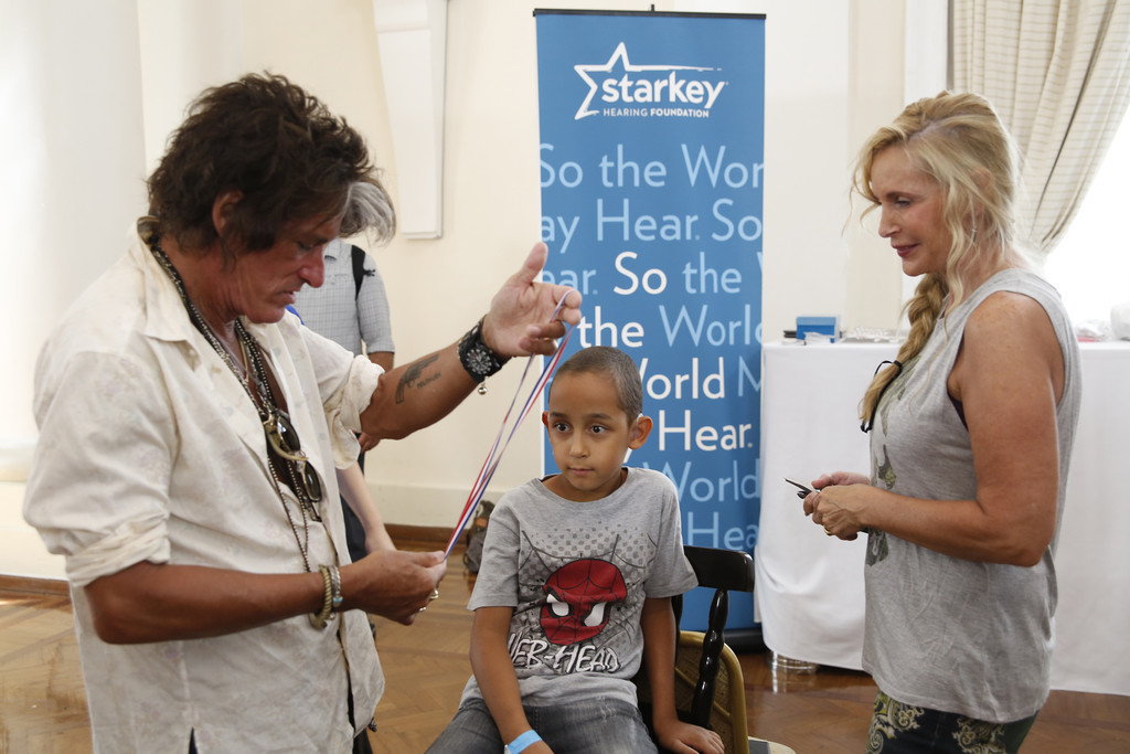 The Hollywood Vampires and Starkey Hearing Foundation Bring the Gift of Hearing (Billie Paulette Montgomery)
