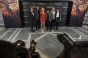 "(L-R) Producer Jon Kilik, actor Liam Hemsworth, actress Jennifer Lawrence,  actor Josh Hutcherson, director Francis Lawrence and producer Nina Jacobson  attend ""The Hunger Games: Mockingjay - Part 2"" (Los Juegos del Hambre: Sinsajo Parte 2) photocall at the Villamagna Hotel on November 10, 2015 in Madrid, Spain."